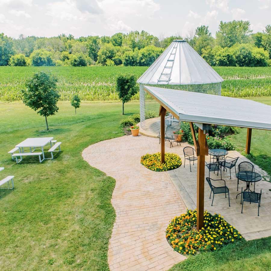 Carpenter Creek Cellars Winery Outdoor Seating